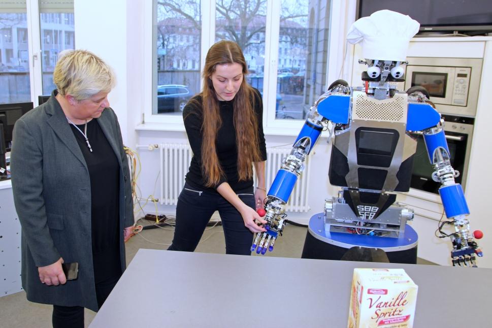 Innotruck am KIT - Roboter Armar