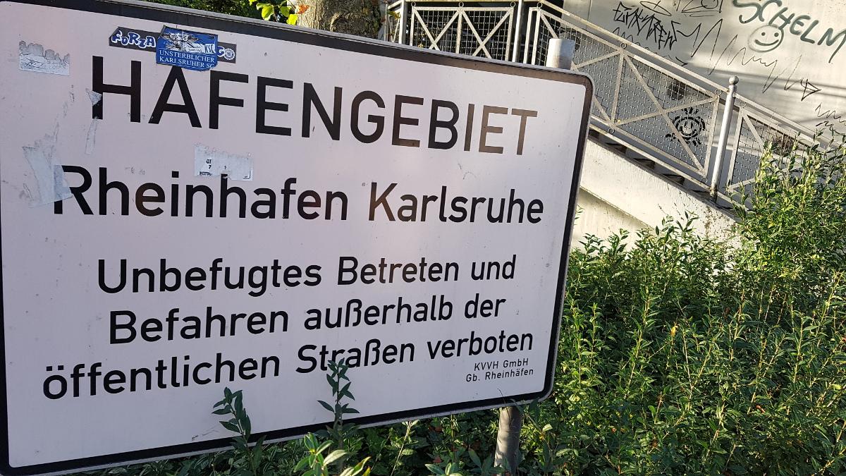 Living in Karlsruhe_Rheinhafen_5